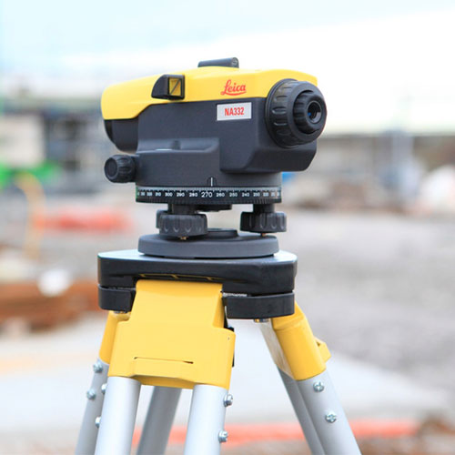 Leica-NA-332-Surveying-Instruments-(2)