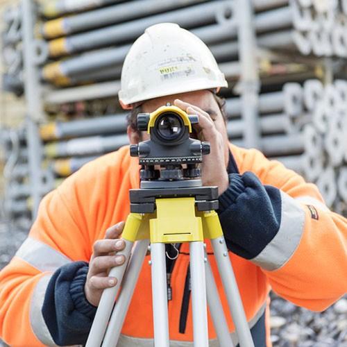 Leica-NA-532-Surveying-Instruments-(3)